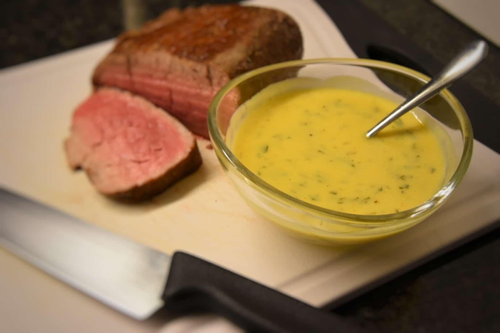 Salsa Béarnaise senza burro chiarificato