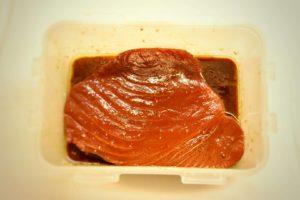 tonno marinato soia aceto di riso e olio