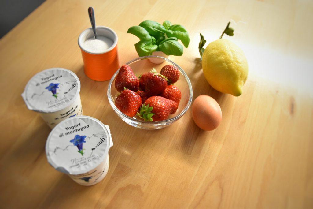 fragole limone yogurt basilico uovo