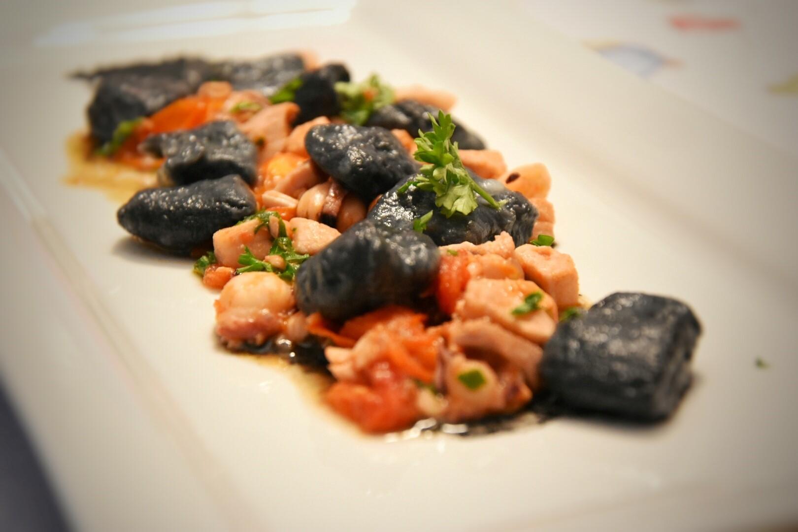 Ricetta gnocchi al sugo di pesce