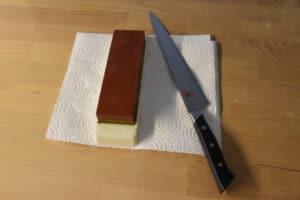 coltello miyabi e pietra affilacoltelli 1000/3000