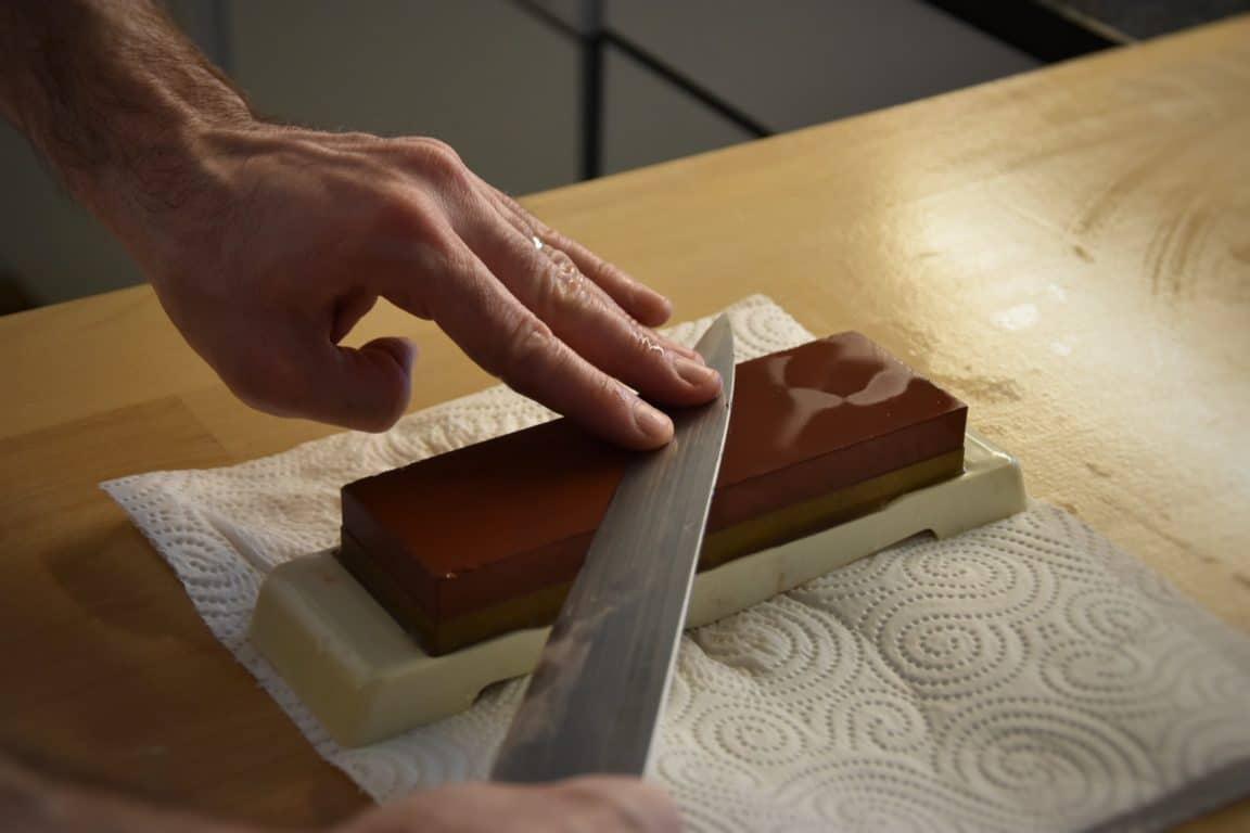 SushiSpecial #2/3: Come affilare un coltello con la pietra