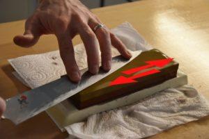 come affilare un coltello giapponese con la pietra affilacoltelli