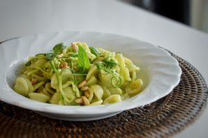 Orecchiette al pesto di zucchine e menta